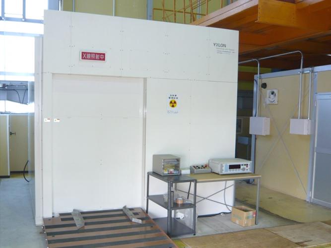 放射線透過試験装置